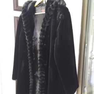 Stunning Black Faux Fur by Gallery XL